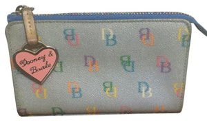 Dooney & Bourke Wristlet in Multicolor