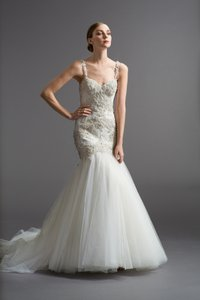 Watters & Watters Bridal Viena - 6024b Wedding Dress