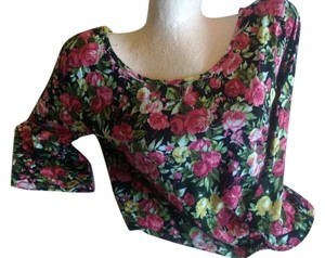 Charlotte Russe & Top red black floral crop top