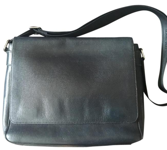 Item - Roman Mm Navy Taiga Messenger Bag
