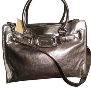 MICHAEL Michael Kors Satchel in Pewter/ Silver