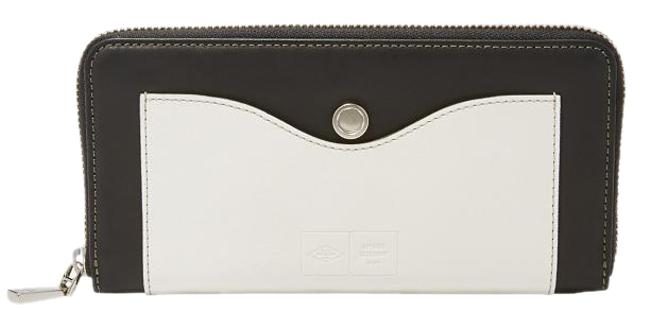 Item - X Fossil Black and Off White Cowhide Clutch