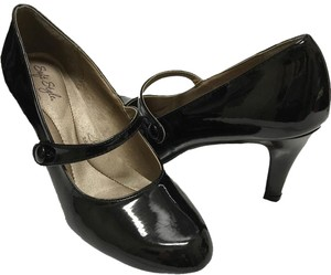 Hush Puppies Patent Leather Mary Jane Black Pumps