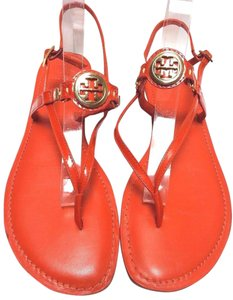 Tory Burch Style 90008604 Gold Logo Equestrian Orange Sandals