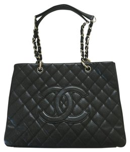 Chanel Gst Caviar Shopper Tote in Black