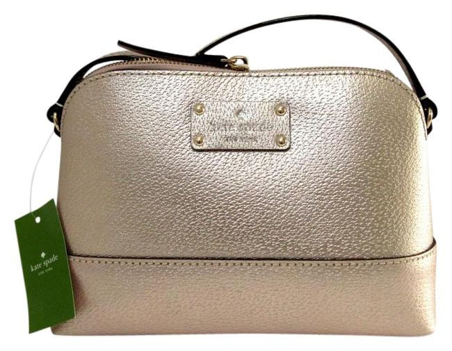 Item - Hanna Wellesley Nwt/ *note: Scratch On Front Corner Rose Gold Gold Leather Cross Body Bag