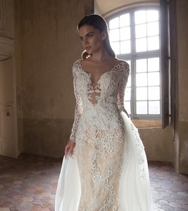 Tarik Ediz Ametist Wedding Dress