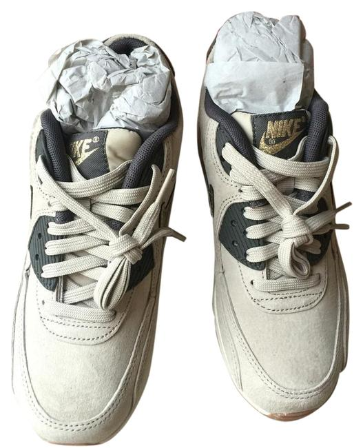 Item - Light Brown with Gold Lining Air Max Sneakers Size US 5 Regular (M, B)
