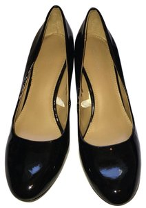 Mossimo Supply Co. Black Pumps