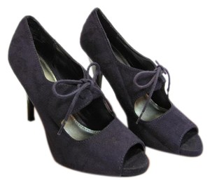 Fioni Size 6.50 M Very Good Condition Purple Pumps