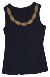 RQT Top Black with wood beading