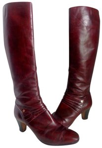 Salvatore Ferragamo Stylish Sexy Knee-high Burgundy Boots