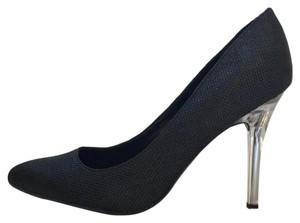 Isaac Mizrahi Black Pumps