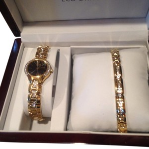 Citizen Citizen Eco-drive bracelet set.