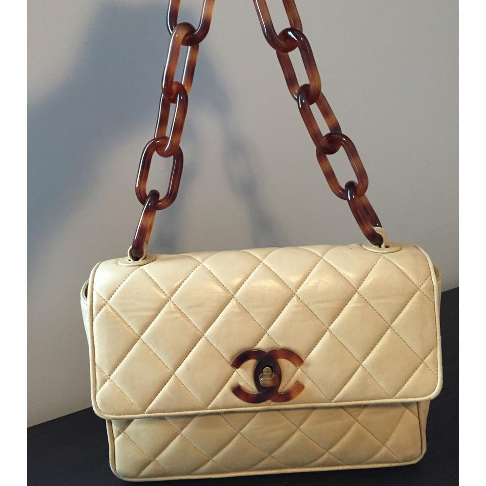 8c75422b38ab Chanel Vintage Tortoise Chain Small Flap Beige Lambskin Shoulder Bag ...