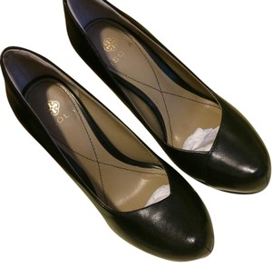 Isola Work Leather Black Pumps