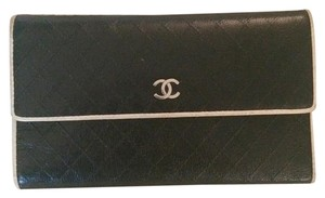 Chanel Black/White Clutch