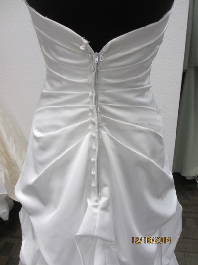 Carrafina 3680 (90l) Wedding Dress