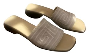 Naturalizer Natural Sandals
