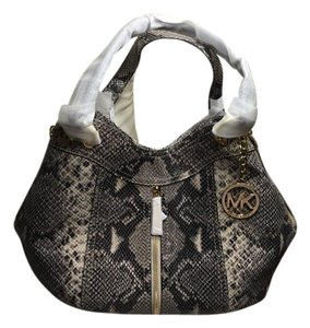 Michael Kors Tote in snake
