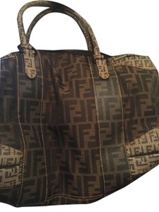 Fendi Tote in tan & brown