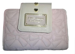 Betsey Johnson Blush quilted bows bifold wallet /gift boxed