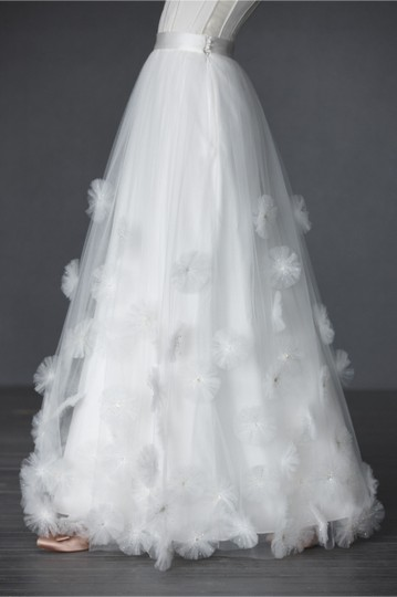 BHLDN Ivory Nylon Tulle Seed Beads; Silk Charmeuse Cotton Lining. Callistemon Vintage Wedding Dress Size 6 (S) Image 7