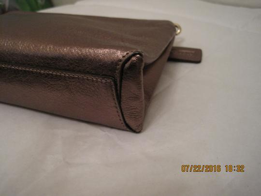 Coach Pouch Clutch Cosmetic Make Up Wristlet in Metallic Gold Image 9