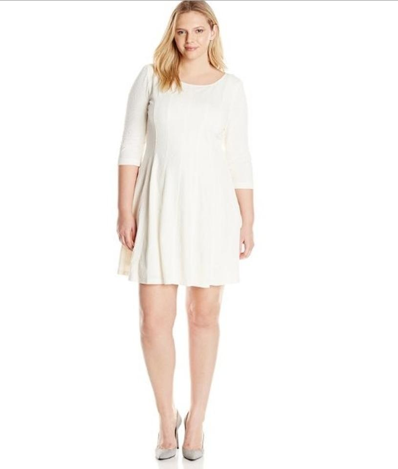 8eb698df98 Taylor Winter White Women Jacquared Multi Seamed Fit and Flare Above Knee  Work Office Dress Size 10 (M) - Tradesy