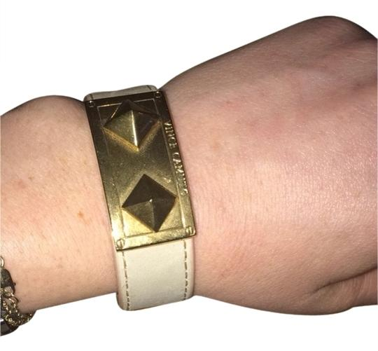Vince Camuto Vince Camuto Beige Tan Leather Pyramid Stud Cuff Yellow Gold Metal Bracelet Image 1