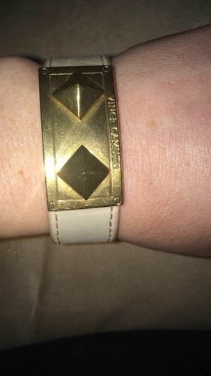 Vince Camuto Vince Camuto Beige Tan Leather Pyramid Stud Cuff Yellow Gold Metal Bracelet Image 2