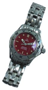 Omega Ladies Omega Seamaster 2582.60 Diver's 300M Limited Ed. 28mm Red