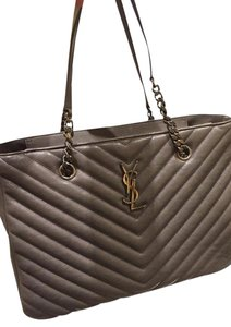 Saint Laurent Ysl Leather Chevron Tote in Grey