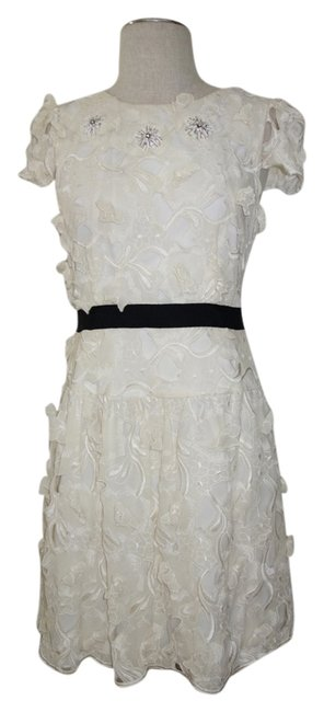 Preload https://img-static.tradesy.com/item/1793530/bcbgmaxazria-ivory-bcbg-max-azria-haut-couture-floral-lace-above-knee-cocktail-dress-size-4-s-0-0-650-650.jpg