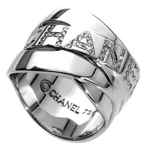 Chanel Chanel Bolduc Diamond White Gold Ring