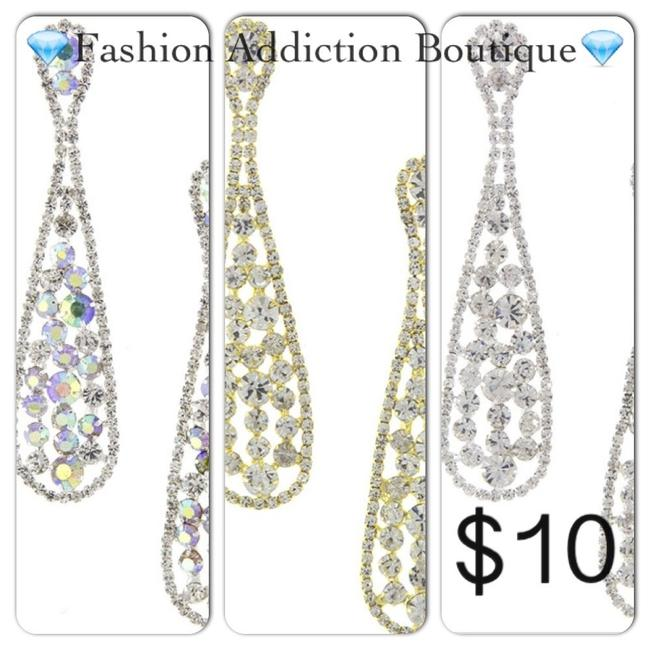 Item - Gold / Silver Ab Stone / Silver Clear Stone Earrings