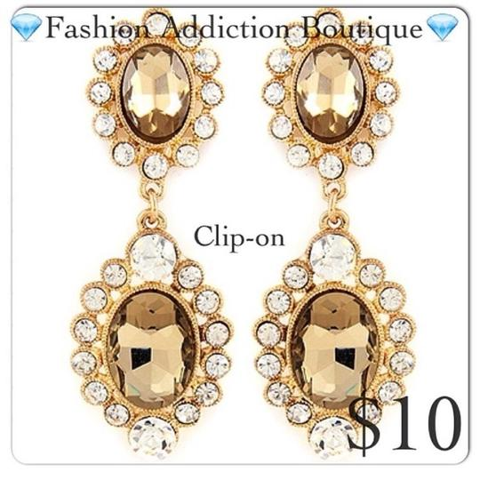 Preload https://img-static.tradesy.com/item/17938324/taupe-and-clear-stones-earrings-0-0-540-540.jpg