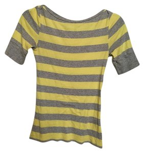 Old Navy T Shirt Gray & yellow