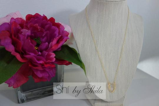 Shiekh Delicate Horn Necklace Image 1
