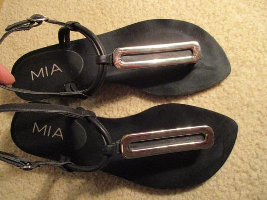 MIA Leather Thong black & silver Sandals Image 4