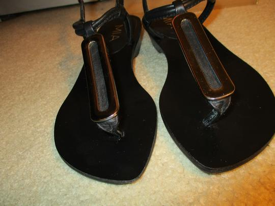 MIA Leather Thong black & silver Sandals Image 5