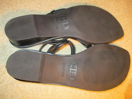 MIA Leather Thong black & silver Sandals Image 7