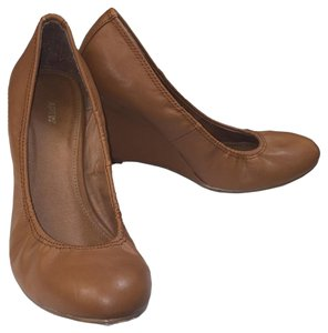 Apt. 9 Casual Work Attire Evening Summer Amber Brown Wedges
