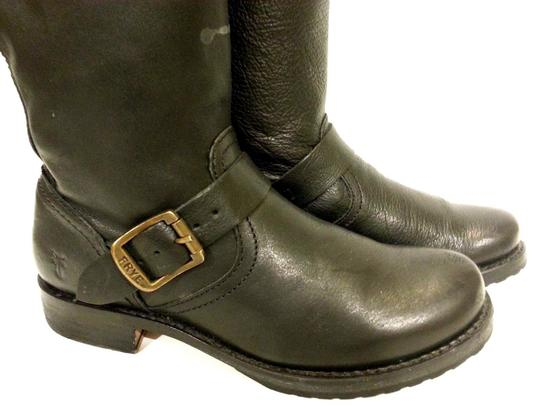 Frye Style #77605 Grain Leather Black Boots Image 4