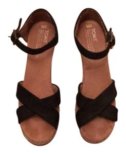 TOMS Black and Tan Wedges