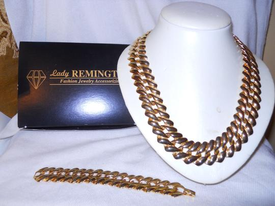 Lady Remington vintage Lady Remington necklace & bracelet