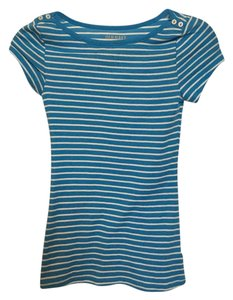 Old Navy T Shirt Blue & white