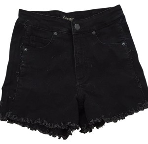 Courtshop Cut Off Shorts Black