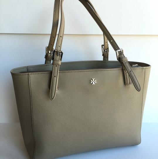 Tory Burch York Small York Tote in French Grey Image 1