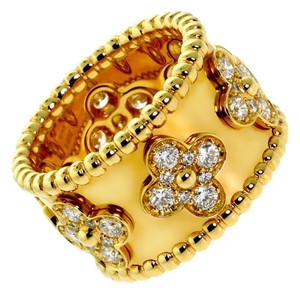 Van Cleef & Arpels Van Cleef Arpels Perlee Diamond Gold Ring